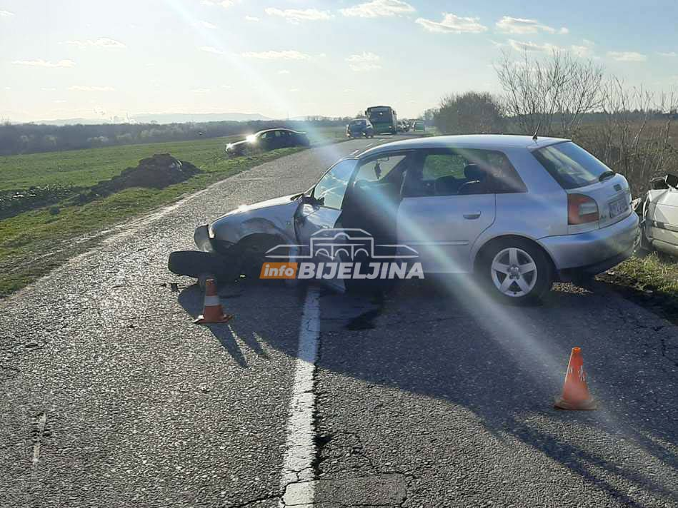 SUDAR TRI AUTOMOBILA U LJELJENČI Nekoliko osoba prevezeno na Urgentni blok (FOTO)